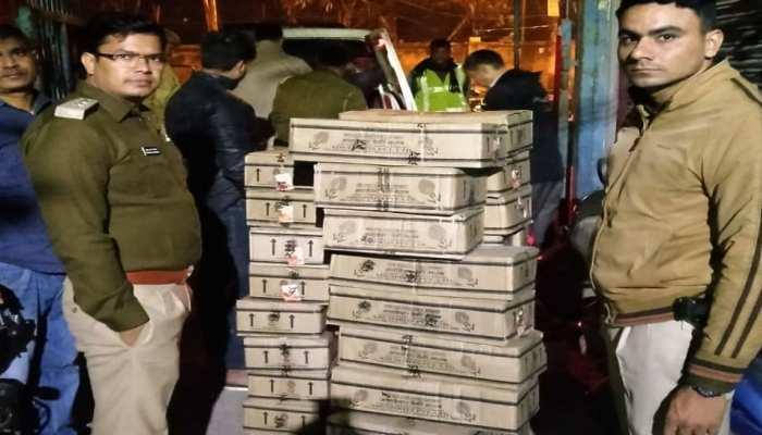 दिल्ली पुलिस ने भारी मात्रा में अवैध शराब की बरामद, तीन गिरफ्तार
