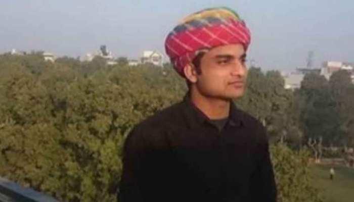 BHU नियुक्ति मामला: कला संकाय के संस्कृत विभाग में सेवाएं दे सकते हैं प्रोफेसर फिरोज खान