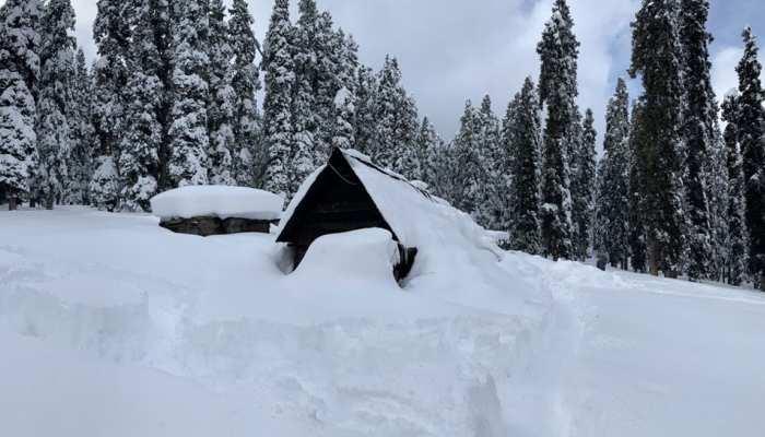 जम्मू कश्मीर: बर्फीली हवाओं की चपेट में आए थे 8 जवान, अब तक केवल एक बचाए जा सके