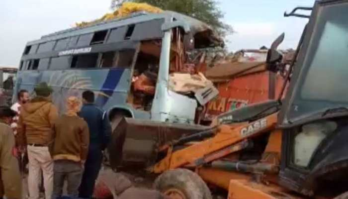 मध्य प्रदेश के रीवा में भीषण सड़क हादसा, 10 लोगों की मौत, 30 से ज्यादा घायल