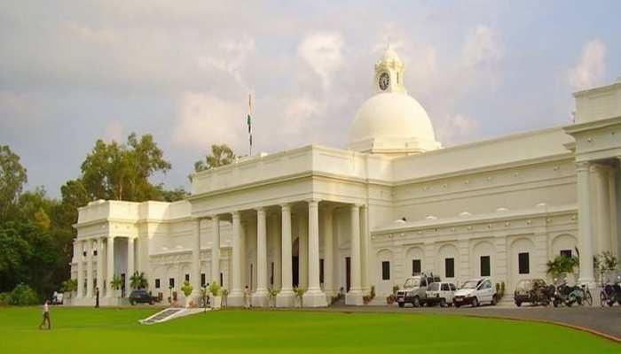 जिस IIT-Roorkee में पढ़ने का ख्वाब संजोते हैं छात्र, वहां खाली रह गईं 18 सीटें