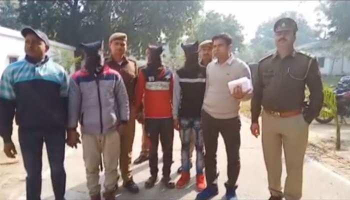 मुजफ्फरनगर: बंद कमरे में छापते थे 500 और 2000 के जाली नोट, तीन गिरफ्तार