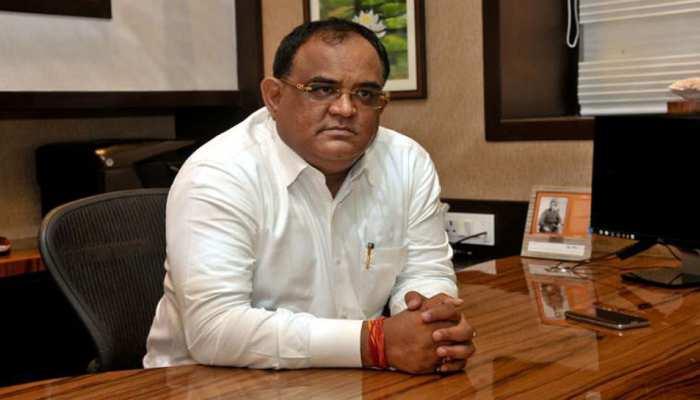 बिहार: BJP के वरिष्ठ नेता ने बताया नीतीश कुमार को नोबल अवार्ड का हकदार, की जमकर तारीफ