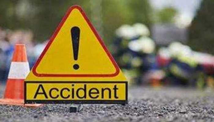 हिसार: पराली से लदी ट्राली बनी यमराज, कार सवार 4 युवकों की मौत, 2 घायल