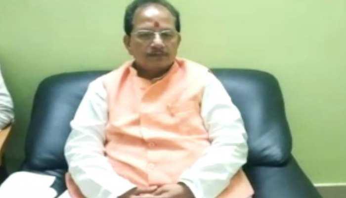 बिहार के श्रम संसाधन मंत्री ने माना, राज्य में नहीं है उद्योग इसलिए बाहर जाते हैं लोग