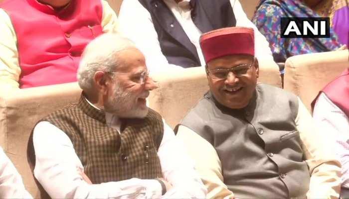 BJP संसदीय दल की बैठक में बोले पीएम मोदी- CAB पर कुछ दल पाकिस्तान की भाषा बोल रहे हैं