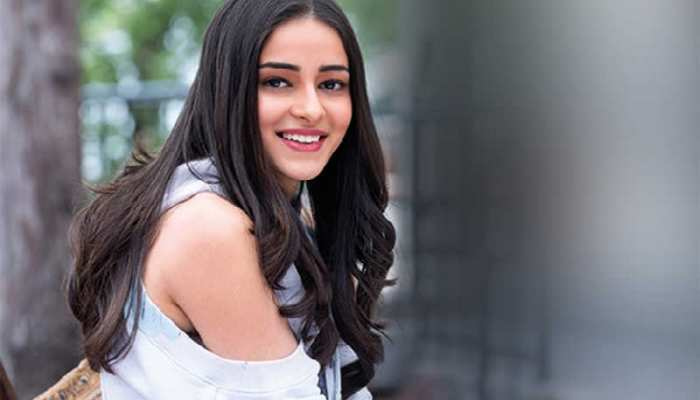 Bollywood Actress Ananya Pandey glamours photos with biography