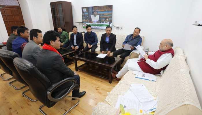 IPFT के प्रतिनिधिमंडल ने की गृहमंत्री अमित शाह से मुलाकात, त्रिपुरा में CAB के खिलाफ आंदोलन खत्म