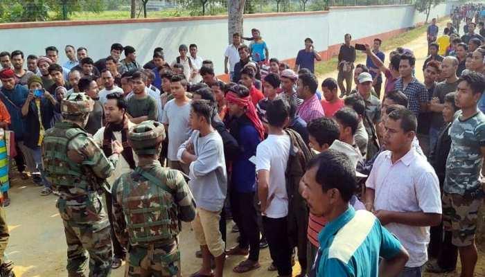 नागरिकता संशोधन विधेयक को लेकर पूर्वोत्तर 'अशांत', डिब्रूगढ़-गुवाहाटी में कर्फ्यू में ढील दी गई