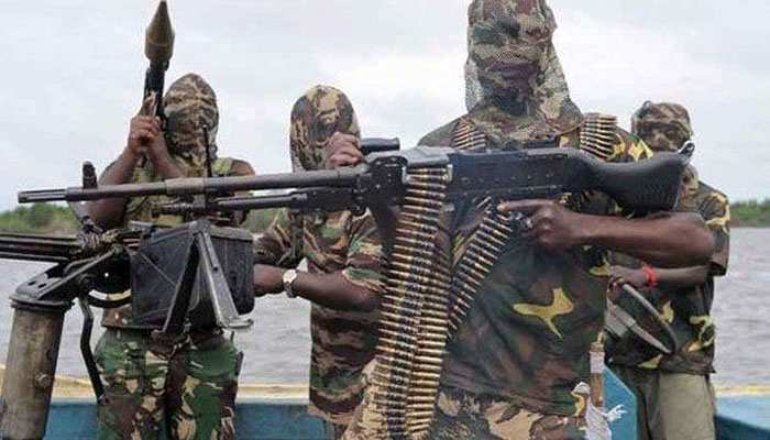 नाइजर में सेना के शिविर पर आतंकवादियों का बड़ा हमला, 71 जवानों की मौत