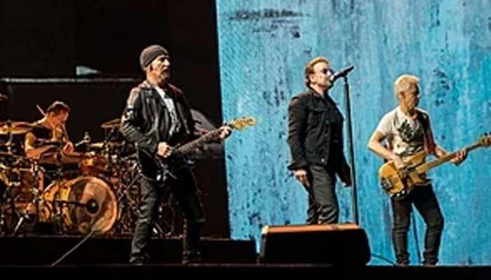 U2 रॉक बैंड का मुंबई में शो, म्यूजिक कॉन्सर्ट के लिए बुक की गई पूरी लोकल ट्रेन