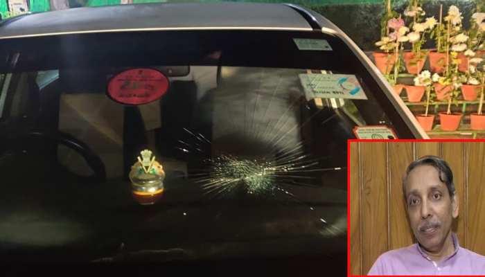 JNU कैंपस में VC जगदीश कुमार की गाड़ी पर हमला, गाड़ी के शीशे तोड़े, हाथापाई की कोशिश