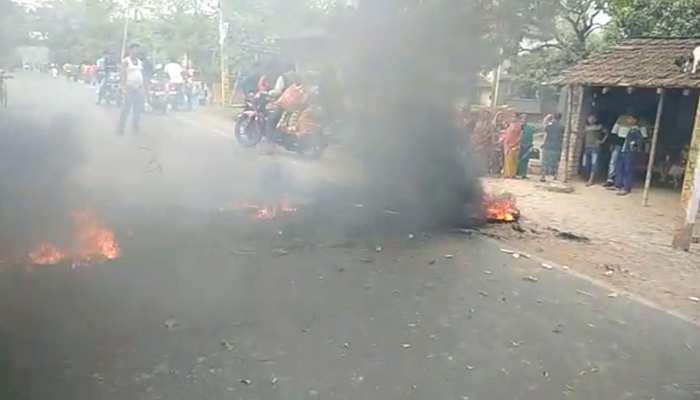 नागरिकता संशोधन विधेयक: ममता की अपील का नहीं हुए असर, पश्चिम बंगाल में हिंसक प्रदर्शन जारी