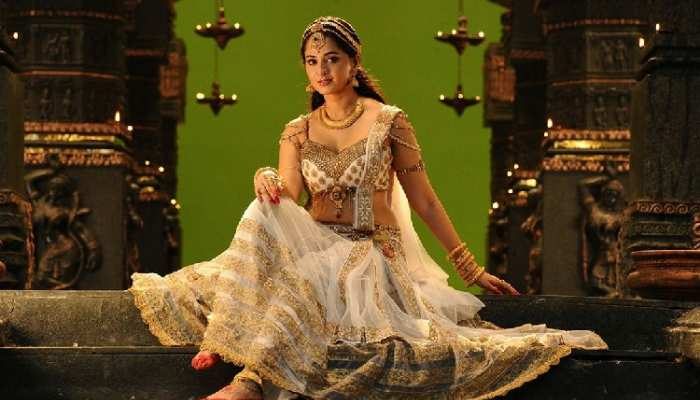 Anushka Shetty biography with photos