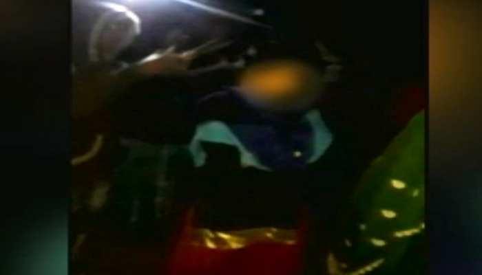 बेतिया: दबंगों ने घर में घुसकर महिला को पीटा, चरित्रहीन बताकर काट लिए बाल