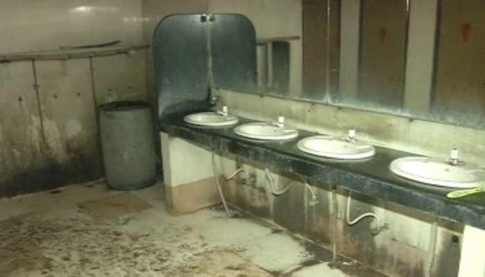 रियलिटी चेक: पटना में डीलक्स टॉयलेट का हाल बेहाल, मेंटेनेंस के अभाव में स्थिति बदतर