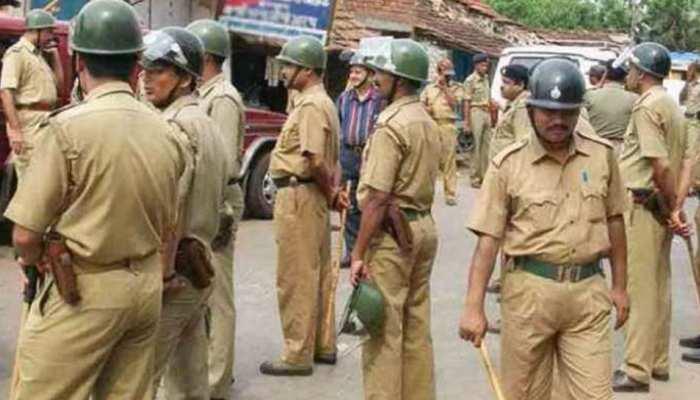 यूपी में धारा 144 लागू, पुलिस की अपील- सोशल मीडिया पर फैल रही अफवाहों पर ध्यान न दें