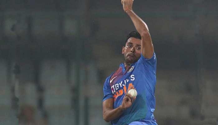 IND vs WI: कटक वनडे से दीपक चाहर हुए बाहर, इस गेंदबाज को मिली जगह
