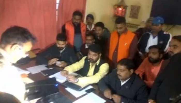 रांची: BJYM नेता ने कराई FIR, कहा- कांग्रेस नेता के ट्वीट से हिंदुओं की भावना को पहुंचा ठेस