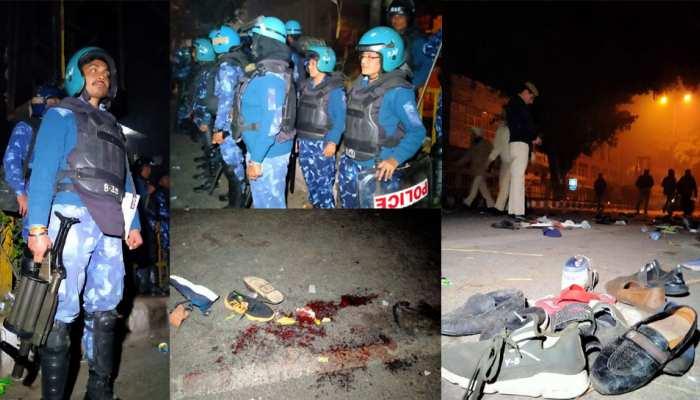 Watch Pics : protesters at Delhi Gate in Daryaganj area