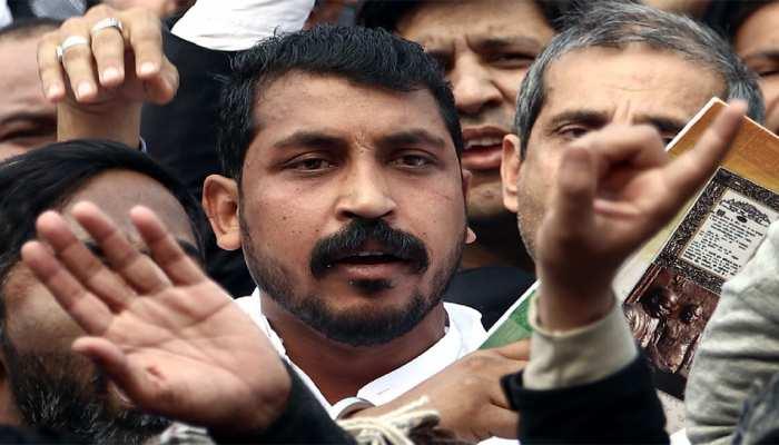 नागरिकता कानून का विरोध: पुलिस ने भीम आर्मी प्रमुख चंद्रशेखर को किया गिरफ्तार