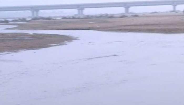 बिहार: नीतीश कुमार ने की फल्गू नदी में पानी की धार बहाने की बात, जानिए इसकी हकीकत