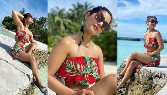 Hina Khan shares her latest pictures from Maldives vacation view pics