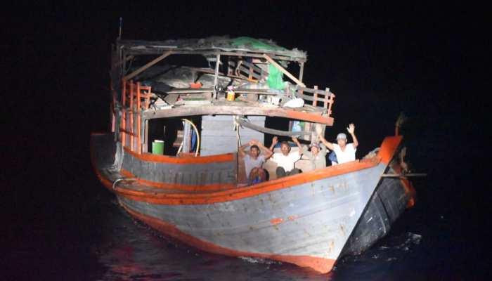 अंडमान के पास पकड़ी गई संदिग्ध नौका, 6 लोग हिरासत में; अलर्ट जारी