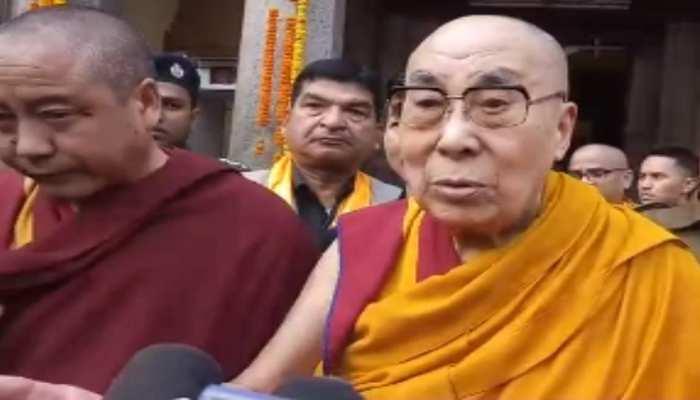 गया: दलाई लामा ने महाबोधि मंदिर में की पूजा, कहा- करुणा अपनाना जरूरी