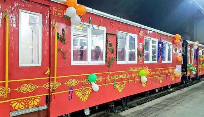 Vista coach of Himdarshan Express between Kalka to Shimla