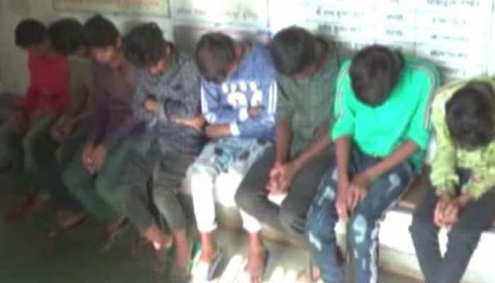 राजस्थान बाल आयोग की बड़ी उपलब्धि, साड़ी कारखाने से मुक्त कराया 200 बाल श्रमिक