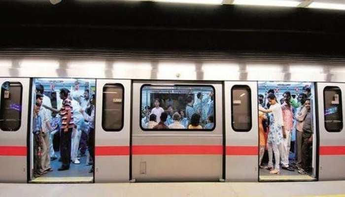 नए साल पर जश्न मनाने वालों के लिए जरूरी खबर, जानिए मेट्रो से कबतक जा सकेंगे कनॉट प्लेस