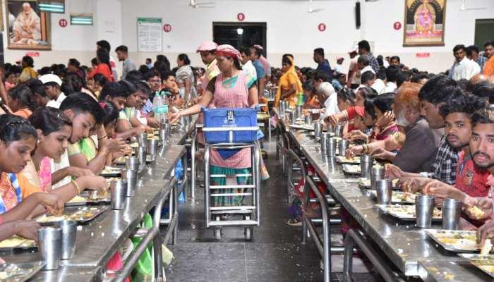 शिरडी के प्रसादालय का नया कीर्तिमान, 2019 में इतने करोड़ लोगों ने यहां किया भोजन