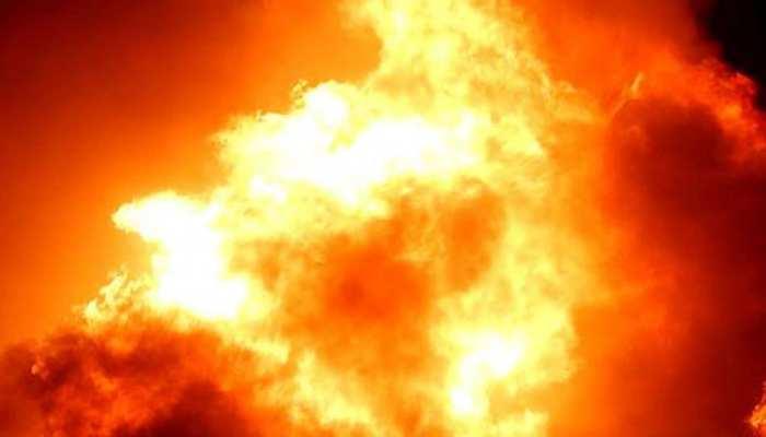गुजरात: कांडला के केमिकल स्टोरेज टर्मिनल में लगी आग, एक की मौत, 4 लोग लापता