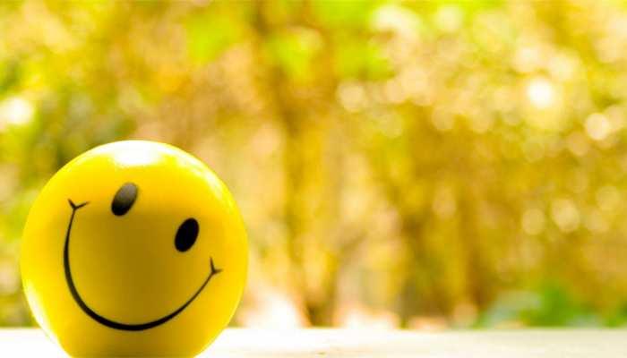 2020 में कैसे रहें positive? जानिए खुश रहने के बेहद आसान तरीके