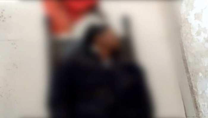 आरा: चलती ट्रेन पर चढ़ने की कोशिश में प्लेटफॉम के नीचे गिरा युवक, हुई मौत