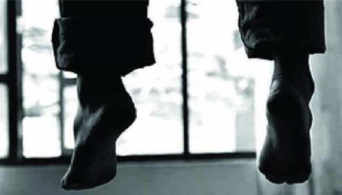 बेगूसराय: पत्नी से अनबन होने पर युवक ने लगाई फांसी, परिवार में मचा कोहराम