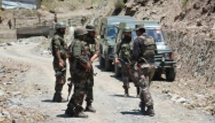जम्मू-कश्मीर के नौशेरा में आतंकवादियों से मुठभेड़, 2 जवान शहीद