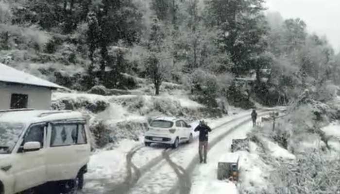 उत्तराखंड: बारिश और बर्फबारी के चलते एक बार फिर बदला मौसम का मिजाज