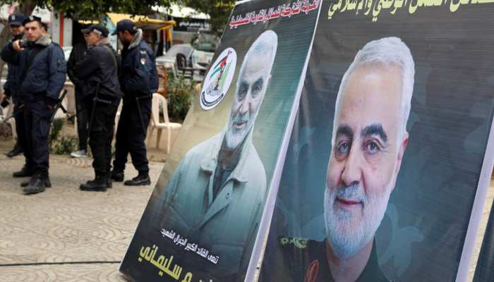 तेहरान में नारों के बीच सुलेमानी का अंतिम संस्कार शुरू, जनाजा उठने के दौरान बेटी ने कही ये बड़ी बात
