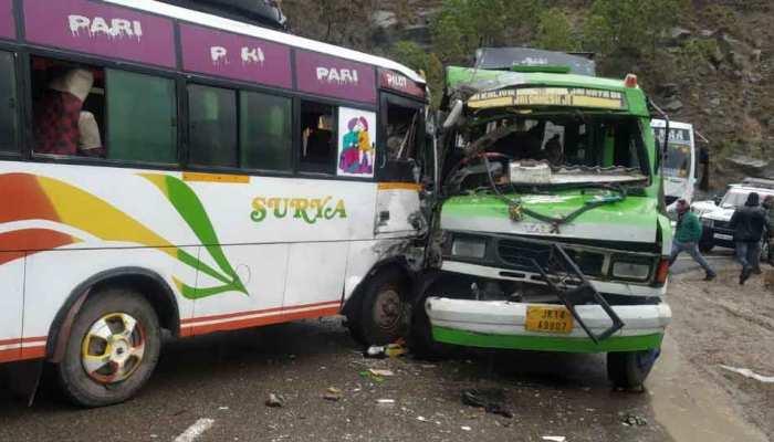 जम्मू: शिवखोड़ी के पास श्रद्धालुओं की बस सड़क हादसे का शिकार, 17 घायल, सभी UP के निवासी