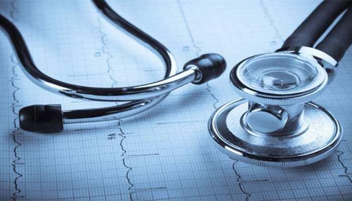 खरगोन: निजी अस्पताल की लापरवाही के चलते बच्ची की मौत, परिजनों ने किया हंगामा