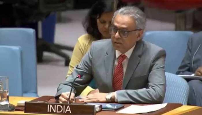 आपने जो गड़बड़ी फैलाई है, उसका इलाज खुद कीजिए: भारत की पाकिस्तान को सलाह