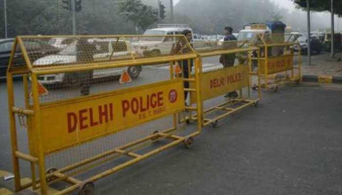 दिल्ली में घुसे 3 आतंकी, अलर्ट पर सुरक्षा एजेंसियां, बढ़ाई गई सुरक्षा
