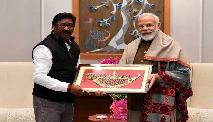 झारखंड के सीएम हेमंत सोरेन ने की PM मोदी से मुलाकात, राज्य के मुद्दों पर की चर्चा