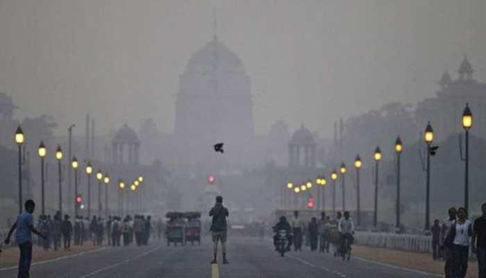 प्रदूषण की मार: दिल्ली में एयर क्वालिटी बेहद खराब, NCR में नोएडा की हवा सबसे जहरीली