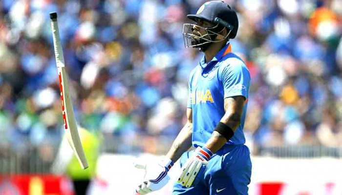 IndvsAUS: ऑस्ट्रेलिया के 'पेस अटैक' से हारे भारतीय बल्लेबाज, अब गेंदबाजों पर...