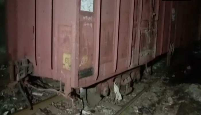 मुंबई: कुर्ला स्टेशन के पास मालगाड़ी पटरी से उतरी, ढाई घंटे तक प्रभावित रही लोकल सेवा