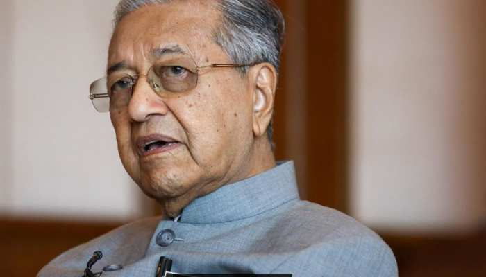 कब अक्ल ठिकाने आएगी मलेशिया की ?