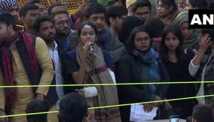 जेएनयू की आइशी घोष का देशविरोधी चेहरा सामने आया, कश्मीर के बहाने देश पर हमला